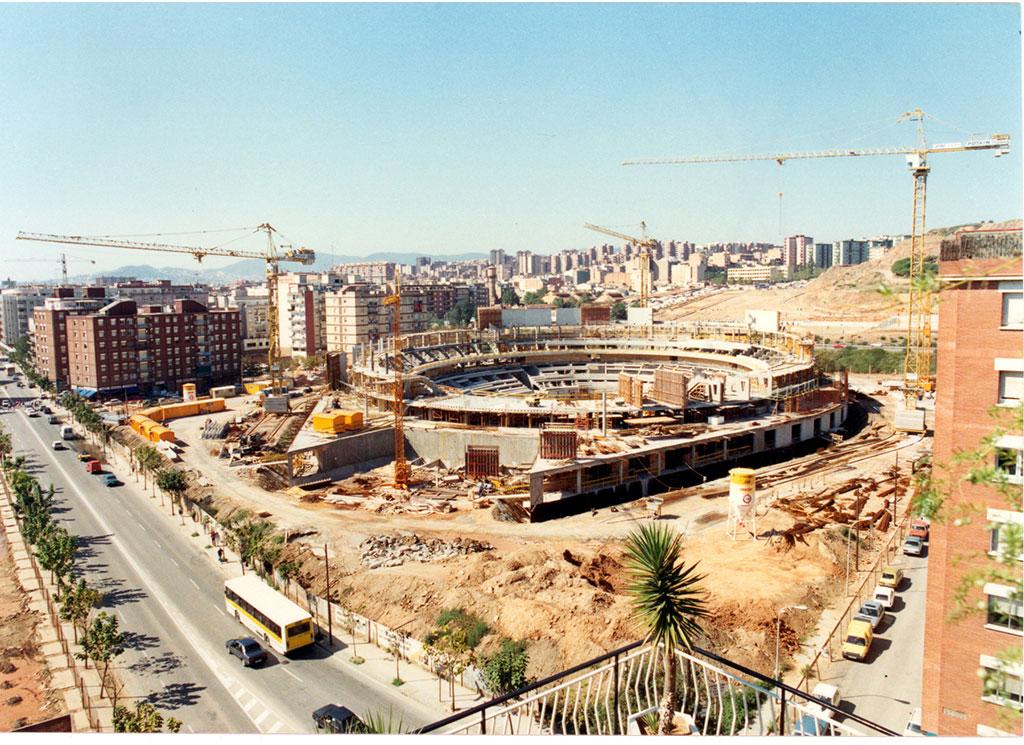 Pabellón Olímpico de Badalona en construcción